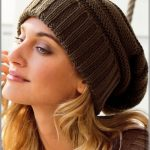 Tricoter un bonnet rasta femme