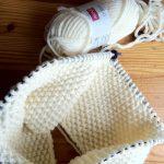 Tricoter un bonnet avec une aiguille circulaire