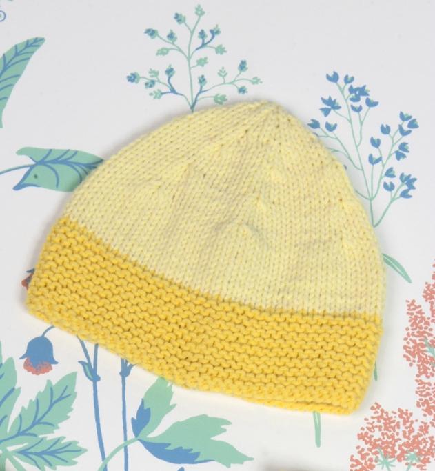 Tricoter un bonnet naissance en coton