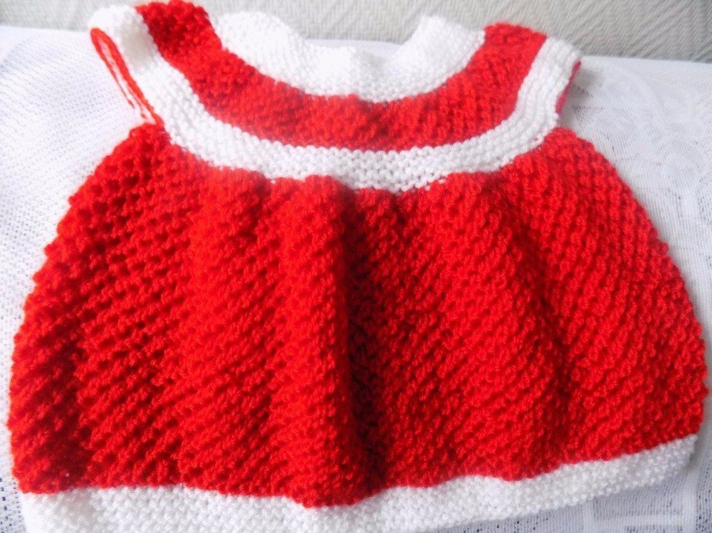 Tricot bébé robe