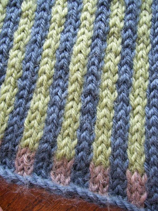 Tricoter des rayures de plusieurs couleurs
