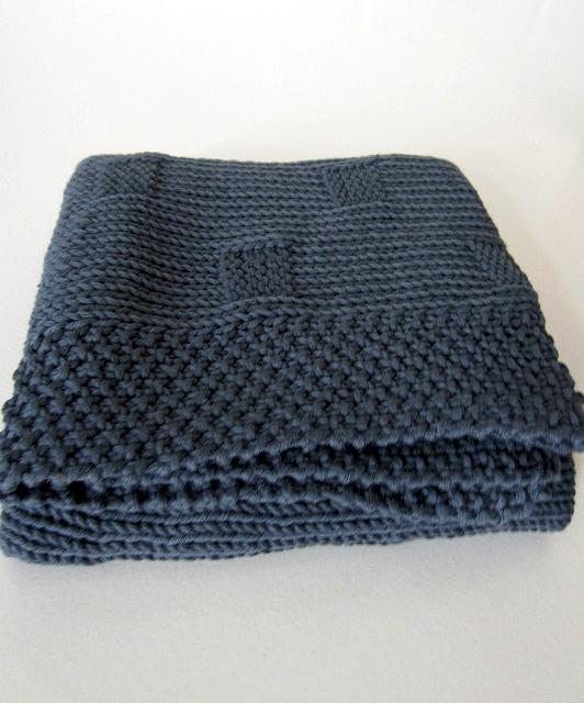 Tricoter une couverture bébé