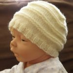 Tricoter un bonnet bébé 6 mois