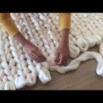 Tricoter un plaid avec les doigts