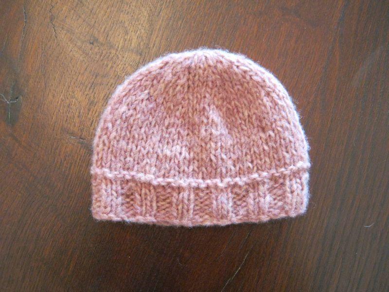 Tricoter un bonnet bebe avec des aiguilles circulaires