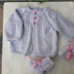 Tricoter une brassière bébé en un seul morceau