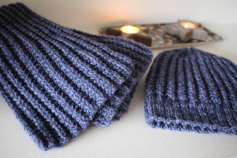 Tricoter un bonnet maille anglaise
