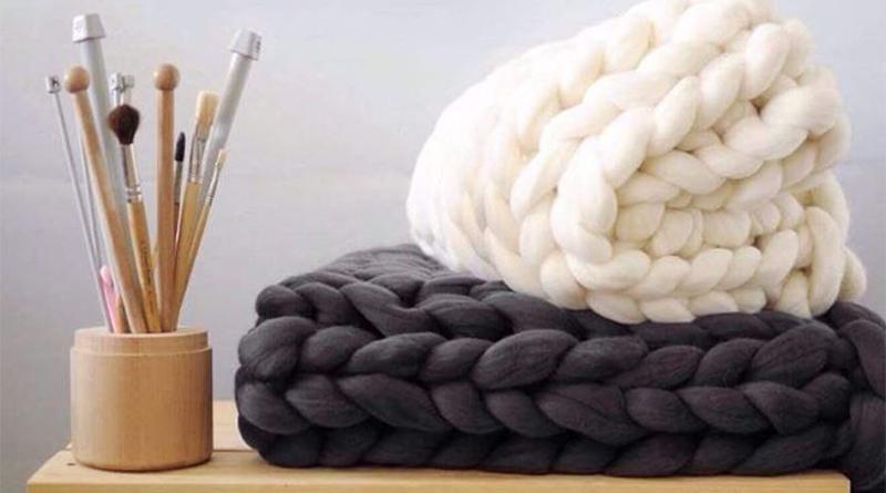 Tricoter avec ses bras