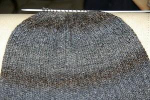 Tricoter bonnet homme aiguille 5
