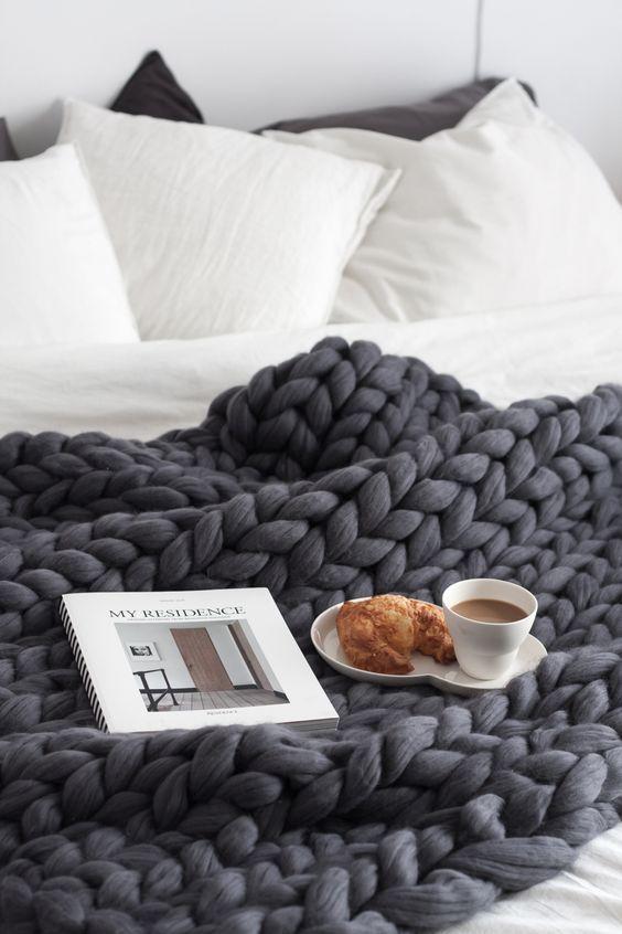 Tricoter grosse laine avec les bras