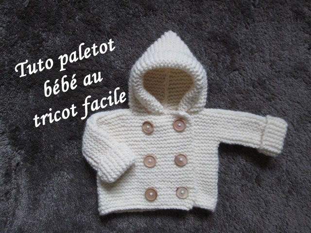 Tricot capuche bébé