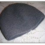 Tricoter un bonnet de naissance débutant