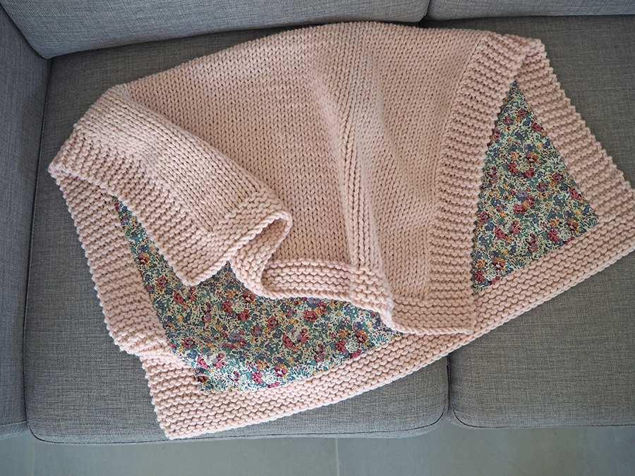 Couverture tricot bebe