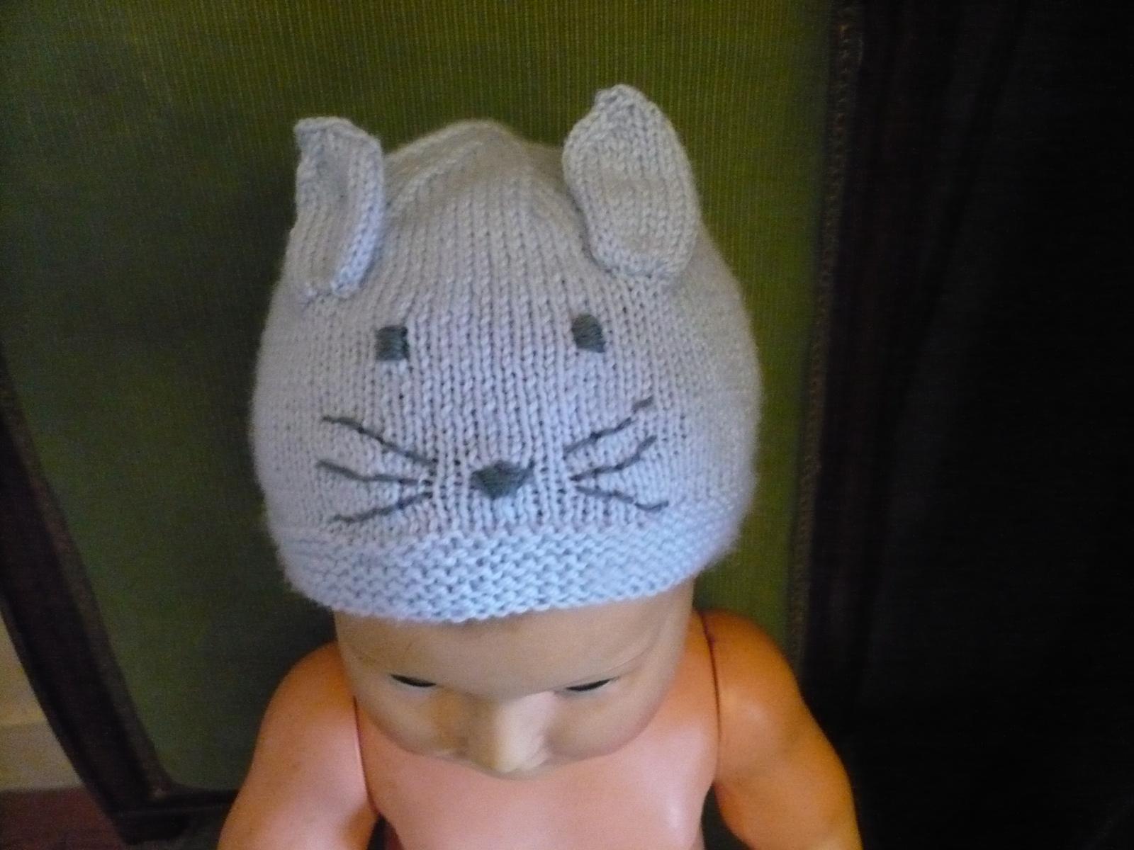 Tricoter un bonnet naissance video