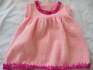 Tricot debutant robe bebe
