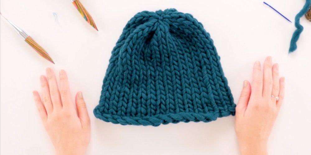 Tricoter un bonnet avec grosse laine