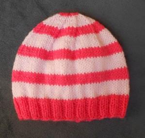 Tricot bonnet bebe modele