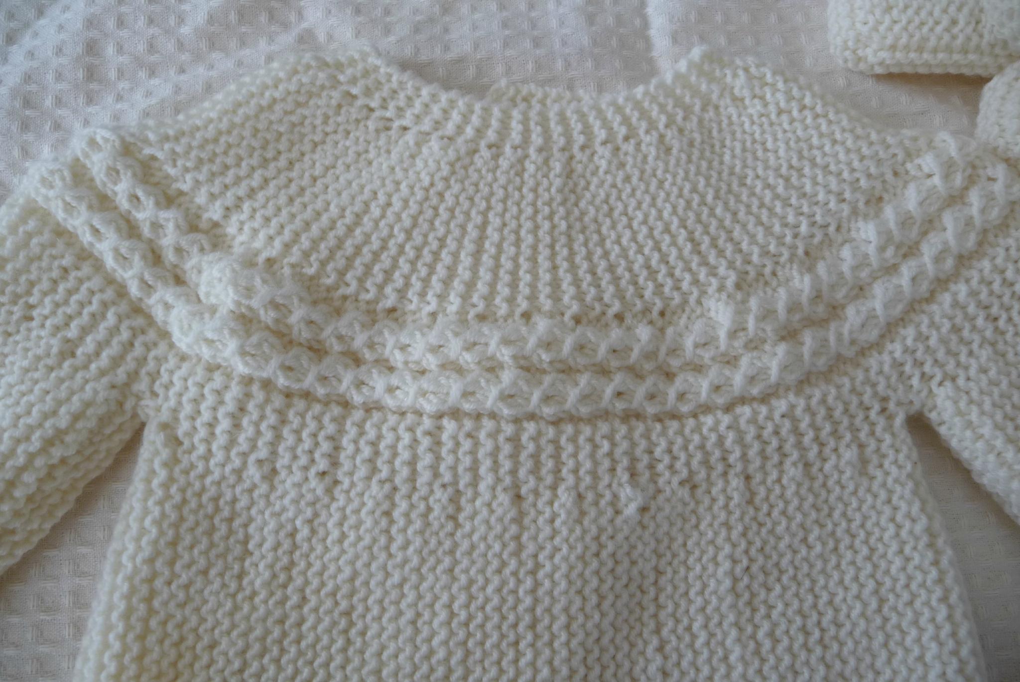 Tricot brassiere torsade