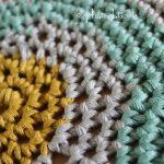 Comment tricoter un coussin rond en laine
