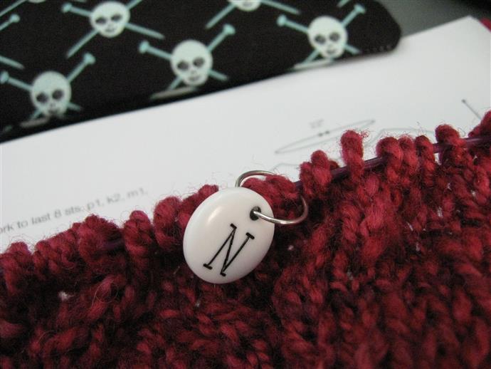 Tricot placer un anneau marqueur