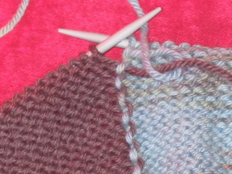 Tricoter en rond des rayures