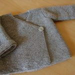 Tricot gilet bébé point mousse