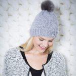 Tricoter bonnet femme avec pompon