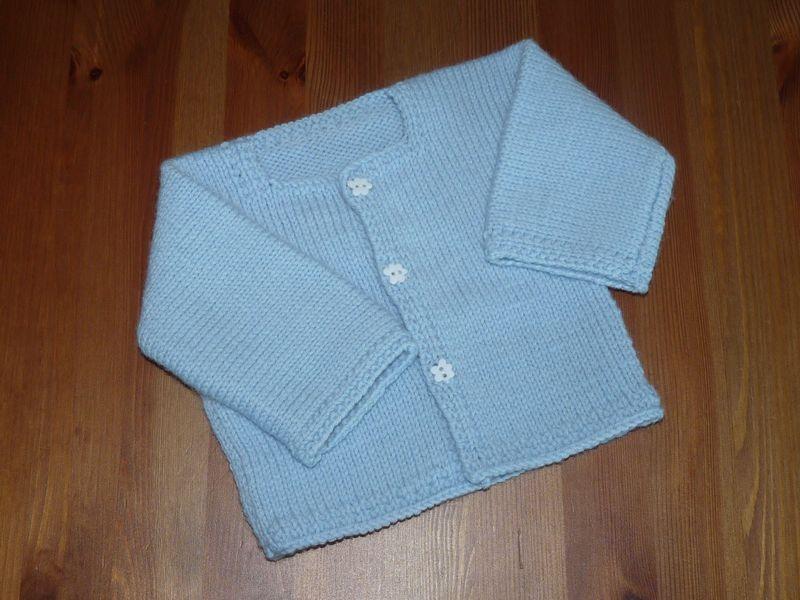 Tricoter gilet bébé en un seul morceau