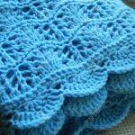 Tricoter couverture ajourée