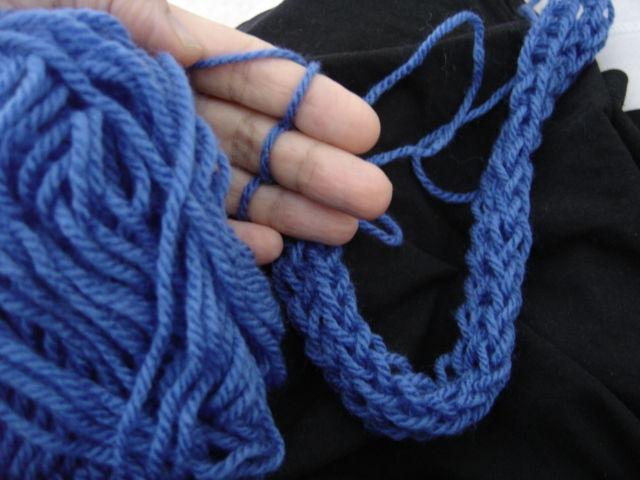 Tricot avec ses mains