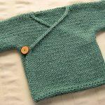 Brassière croisée bébé tricot