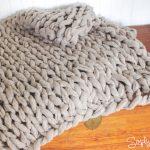 Tricoter avec les doigts un plaid