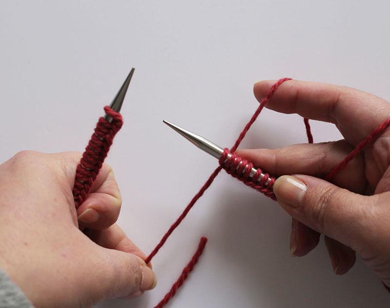 Que veut dire tricoter en rond