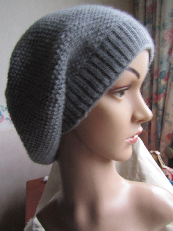Tricot bonnet tombant femme
