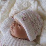 Tricot bonnet bébé naissant