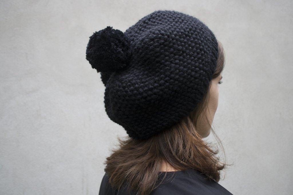 Tricoter un bonnet femme au point de sable