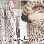 Tricoter avec les bras coussin