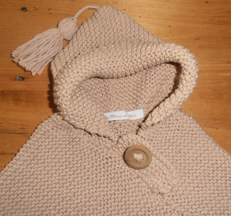 Cape tricot bébé gratuit