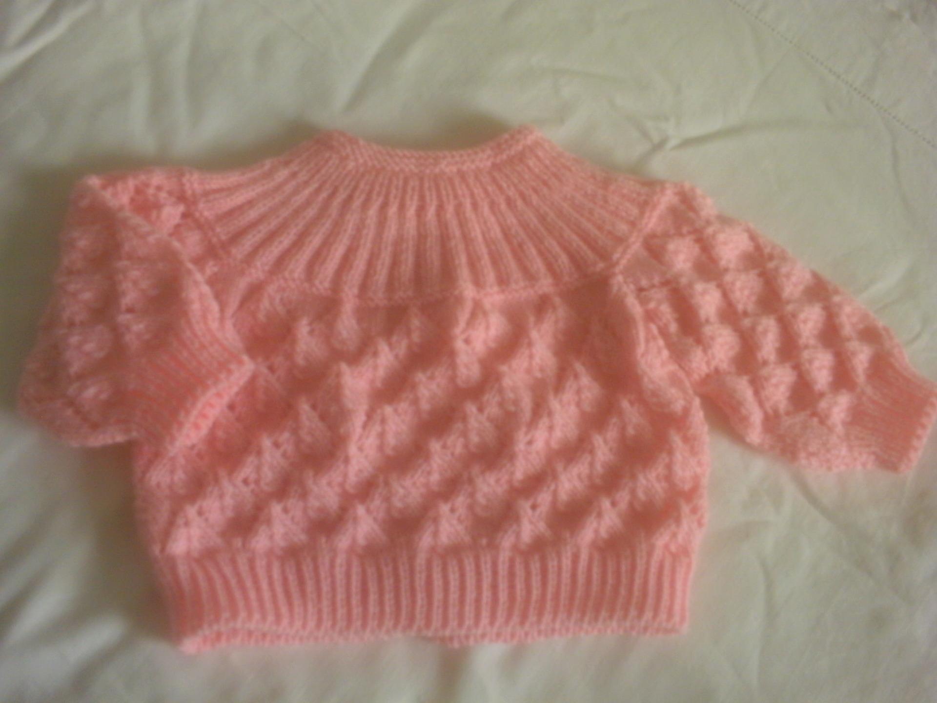 Tricot brassiere de bebe