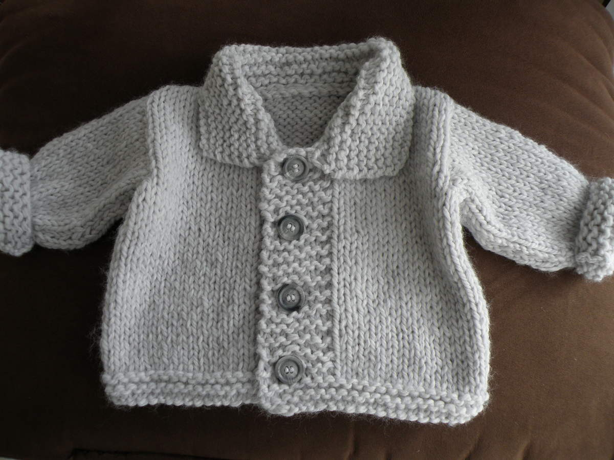 Modele tricot bebe gratuit gilet